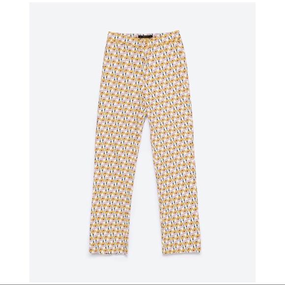 a218c8ec Zara Pants | Nwt Trafaluc Flower Printed Trousers Sz M | Poshmark
